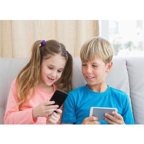 Read more about the article Выбор смартфона для школьника младших классов