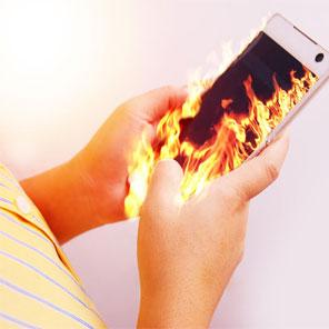 Read more about the article Несколько слов, почему греется мобильный телефон
